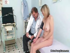 Horny mature grandma gets