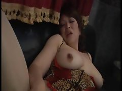 Clever mature hoochie with a stunning pooki takes it from behind