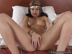Horny Arabian princess loves sucking part2