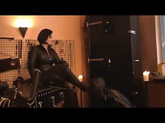 slave dressage in the dungeon