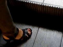 Public Feet 53