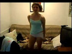 Teen strip in cam