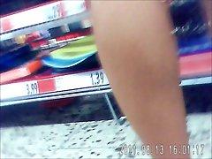upskirt in supermarkt 1