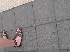 Public Feet 58
