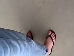 Public Feet 71