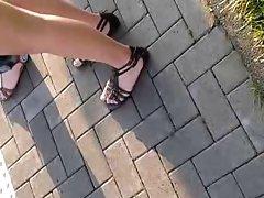 Public Feet 77