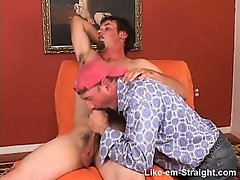 St8 beefy, hairy, pussy hound hunk returns and this time I get to suck his cock.