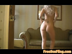 Hot Sexy Blonde Chick Awesome Booty Shake