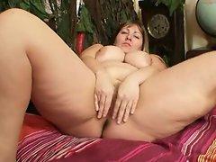 Fat blonde Milf Wanda got huge tits