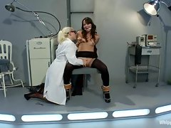 Red hot Lorelei Lee torments this tarts slot