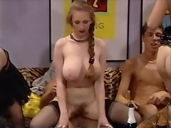 Anika Perro in Bi Party