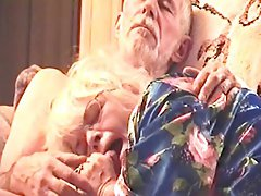 HOT COCK SUCK IN DARLA'S BLUE FLOWERED SILK