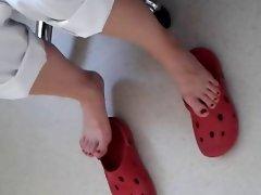 Public Feet 50
