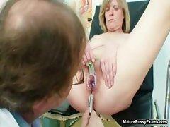 Horny doctor sticks a speculum part3