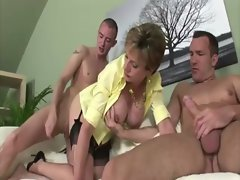 Cum hungry experienced brit gets cumshots