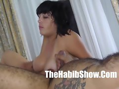 Damm..wtf brazilian Cougar giving me head but i can bust p2