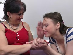 Experienced grandma shags teenie young lady