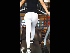 Amazing light grey spandex at gym!