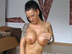 Mummy Fuck - Extremely Awesome Vagina