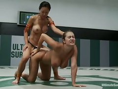 Trina and Tia goes two hot ass lesbos rockin wild on the ring banging filthy hot