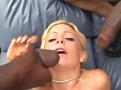 Michelle Sweet loves getting cum drizzled over her face