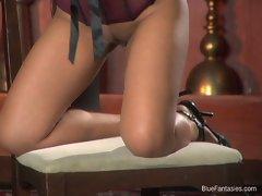 Hot ass bitch Luana Lani teaing doing a nasty striptease