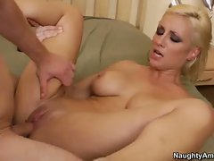 Lexi Swallow enjoy a hard ride with a long dick
