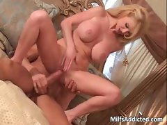Big boobed MILF blonde gets that wet part2