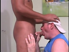 Str8 beefy muscle hunk Latino with big thick 12'' cock lets me give him a blowjob.