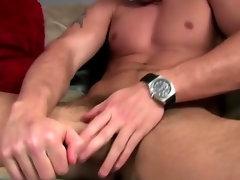 Pornstar Trystan Bull enjoys handjob and cumshot