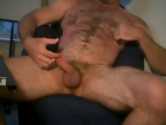 butch muscle daddy bear jacking off