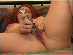 BBW redheat  girl masturbates on bed