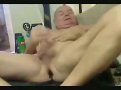 Older men - Pulling cock with buttplug