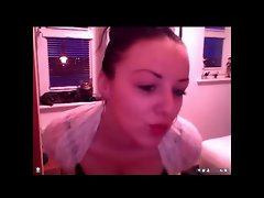 19yo Scottish lass topless webcam