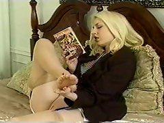 Nylon feet massage