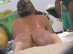 Pussy beach 3 - voyeur camera