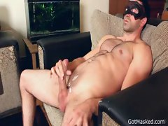 Masked dude wanking off and cums gay porno