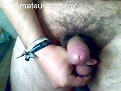 gay mexicano activo curioseando