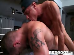 Massagecocks Seduce Bear Cock