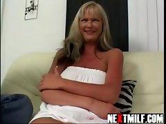 Blond amamteur COUGAR Gets Fucked