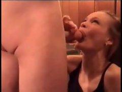 Guys cum when amateur girls blow them