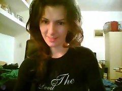 Dancing webcam gal with great body