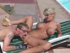 Sexy outdoor hardcore with blonde slut
