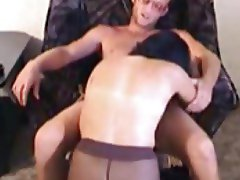Nailing a hot milf pussy with his dick
