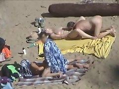 2 couples beach