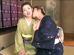 Tamaki Sakura Lesbians In Kimono