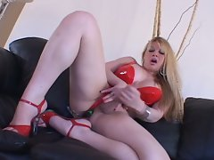 Super slut nasty shemale solo playing and anal toying fun