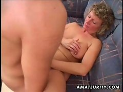 Mature amateur housewife homemade fucking with cumshot