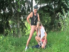 Schoolgirl outdoor fucxercise