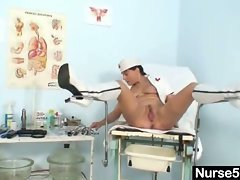 Amateur milf nurse naughty pussy stretching on gynecology chair